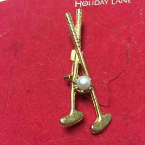 Goldtone faux pearl golf clubs design Brooch Pin